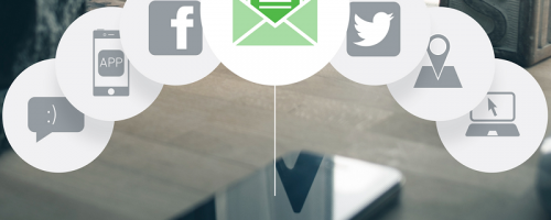 Email và mạng xã hội được xem là hai trong số những phương thức marketing giá cả phải chăng nhất.