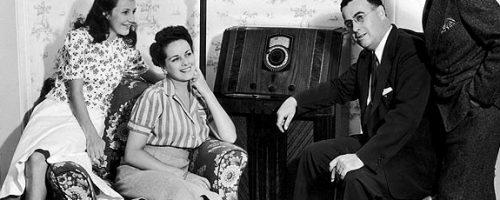 khan-gia-nghe-quang-cao-radio